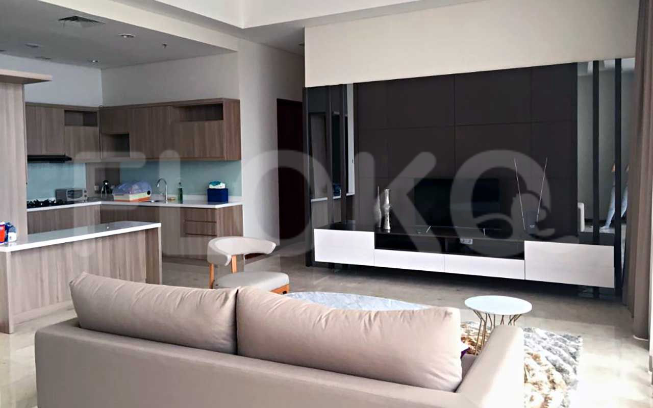 Rent 2 BR on 16th Floor, Pay Monthly, Senopati Penthouse