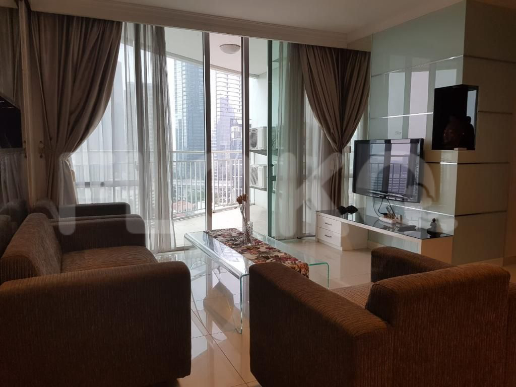 Rent 3 BR on 5th Floor, Pay Monthly, Denpasar Residence